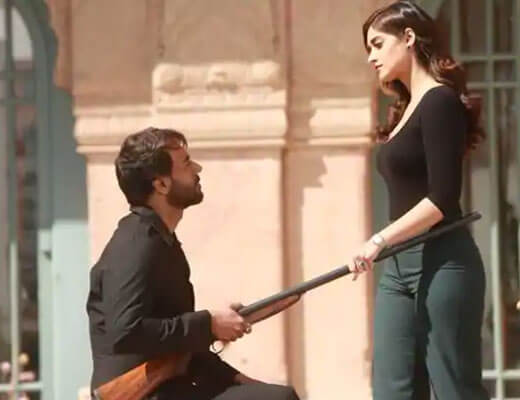 Mere-Rashke-Qamar-Baadshaho-Rahat-Fateh-Ali-Khan-Lyrics-in-Hindi