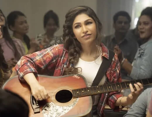 Tanhaai – Tulsi Kumar - Lyrics in Hindi